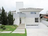 Suave 7 Bedroom House in  Jurerê Internacional