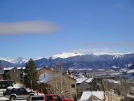 2 BR/2 BA Condo, quaint gathering place, centrally located shopping/skiing/hiking Sleeps 6