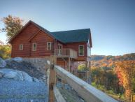 4BR All-New Upscale Mountain Cabin, Hot Tub, Stunning Views, Privacy, Game Room, Gas Log Fireplace, HDTV, 2 Master Suites, Granite+Custom Wood Kitchen, BluRay
