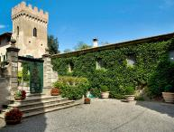 Villa di Montelopio, Sleeps 9