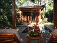 Gorgeous 3BR home, easy walk to two beaches, Langosta Beach Club Access-COL6
