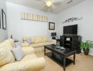 Charming Family Condo - Near to Disney!