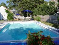 Heated pool, steps to private beach, Harwich:023-H