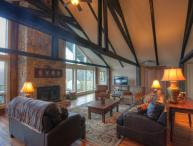 7BR Rustic Upscale Mountain Lodge on Beech Mtn Only 1 Mile From Ski Slopes