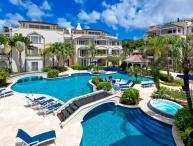 Fantastic 3 Bed Apartment with Pool, Sea Views