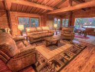 5BR Mountain Lodge, Newly Renovated, Long Range Views, 2 Stone Fireplaces