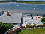 Sunset Cottage: Direct waterfront with two decks on the Annisquam River.