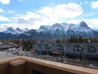 Canmore Crossing 3 Bedroom Penthouse with Stunning Views