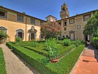 Tuscan Apartment in Historic Castle - Il Castello 8