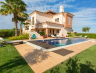 Villa Estela