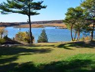 Annisquam Singing Pines: Private riverfront setting & tidal dock.