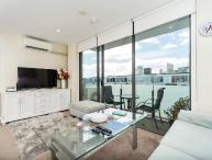 2 Bedroom Apartment Viaduct Harbour includes Carpark