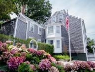 5 Bedroom 6 Bathroom Vacation Rental in Nantucket that sleeps 10 -(9883)