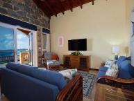 Magnificent 4 Bedroom Villa in Secret Harbour