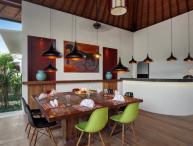 Top Quality 6bdrs In Seminyak - Villa Tangram