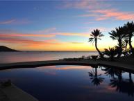 Beachfront Luxury - Villa Marlin