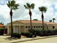 4 bedroom villa located close to Eagle Beach
