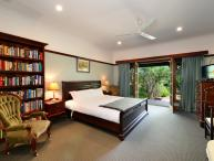 The Laurels B&B; - The Somersby Room