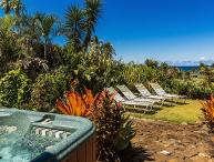 Kauai Gardens Estate, Ocean View, Walk to Beach, 4 Hot Tubs, OCTOBER SPECIAL!