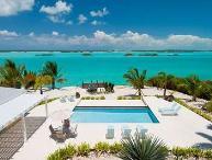 Gorgeous 4 Bedroom Beachfront Villa with Pool on Chalk Sound