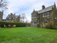 WHITWORTH LODGE, woodburning stoves, Grade II listed, access to park grounds, Matlock, Ref 936157
