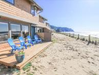Luxurious Neskowin Oceanfront Sleeps 7!