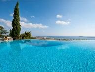 Paros Gv Golden Beach Villa with  fabulous Infinity Pool  and Stunning Seaviews sleeps 8 persons