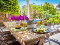 Naxos -  GV - Giardino Villa  - a marvelous seafront villa with pool that sleeps 10+