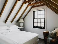 onefinestay - Station Road private home
