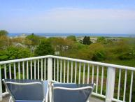 BERNJ - Menemsha Sea Coast Cottage, Gorgeous Waterviews, Walk to Menemsha Beach, WiFi