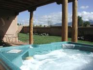 Casa de los Huesos- Private Enclosed Yard Hot Tub Great Views