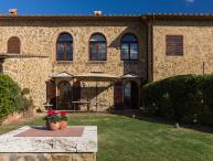 Apartment within a Villa in Southern Tuscany - Il Ritrovo