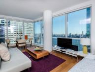 Modern and Clean Apartment in Jersey City with 2 Bedrooms and 2 Bathrooms