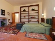 3 bedroom Apartment in Florence, Tuscany, Florence, Italy : ref 2301312