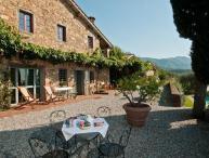 4 bedroom Villa in Lucca, Tuscany, Italy : ref 2268302