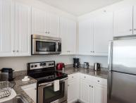 Sunny 1 Bedroom, 1 Bathroom Paulus Hook Apartment - Modern Interior