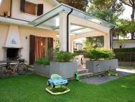 4 bedroom Villa in Forte dei Marmi, Versilia, Lunigiana and sourroundings, Italy : ref 2300033