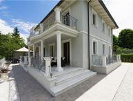 4 bedroom Villa in Camaiore, Tuscany, Versilia, Italy : ref 2374893