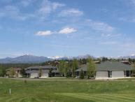 Aspenwood 4205 is a cozy vacation condo located in the heart of the Pagosa Lakes.