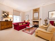 Stunning and spacious one bedroom apartment in Maida Vale with beautiful communal garden