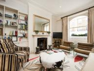 Ideally located and beautifully-presented 2 bedroom apartment- Chelsea