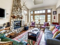 Fantastic 3BR Meadows Townhome in Beaver Creek Village, 150 Yards to Ski Acce