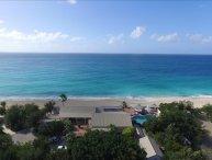 Beachfront 6 bedroom luxury villa