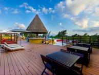 2 Bedroom Oasis with ocean views