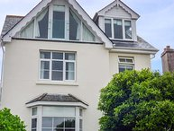 MARINE COTTAGE, stunning estuary views, close to beach, en-suites, off road parking, in Salcombe, Ref 929494