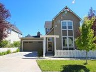Gorgeous 3 Bedroom / 2.5 Bath West Side Retreat