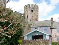 HARBOUR VIEW, luxury cottage, close to castle, pet-friendly in Conwy Ref 904130