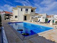 5 bedroom Villa in Vale De Parra, Albufeira, Algarve, Portugal : ref 2231647