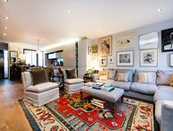 High end family home just a short stroll from the banks of the River Thames