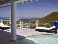 Villa Horizon - Ideal for Couples and Families, Beautiful Pool and Beach